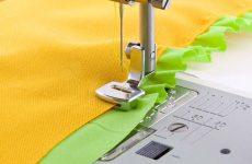 Как выполнить сборку на оверлоке или швейной машине