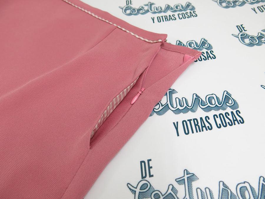 застежка в боковом шве с карманом