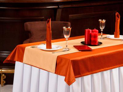 комплект столового белья для сервировки стола