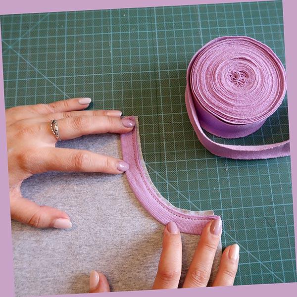 пришивание бейки по краю кармана